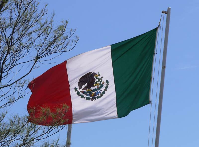 Vandersons - Mexico 1-Rapidly Developing Country of  Contradictions